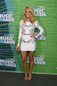 Carrie Underwood #CMTAwards | Short White Dress #redcarpet