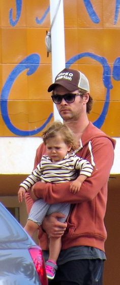 Chris Hemsworth even cuter!
