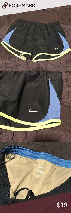 NWOT Nike Shorts NWOT navy Nike shorts. Size large in excellent condition. Nike Shorts