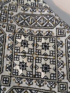 It Was A Work of Craft (Posts tagged folk costume) Hungarian Embroidery, Folk Embroidery, Learn Embroidery, Embroidery Patterns, Machine Embroidery, Folk Costume, Costumes, Mittens Pattern, Antique Quilts