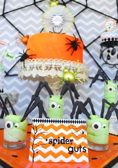 EEK-O-Ween Halloween Party | CatchMyParty.com