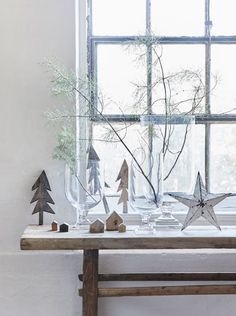 Rustic Christmas for BoligLiv with hurricane vases from tinekhome.com / 2015 / styling by Nordisk rum
