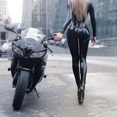 HD wallpaper Cooper Copii: Motorcycle and Girls Dirt Bike Girl, Motorbike Girl, Motorcycle Bike, Moto Bike, Motorcycle Couple, Lady Biker, Biker Girl, Cafe Racer Girl, Fille Et Dirt Bike