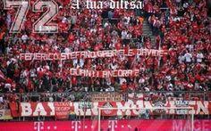 Striscione per Davide Bifulco dei Tifosi del Bayern