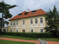 1000157243_0002 - Zahradní dům Home Fashion, Mansions, House Styles, Home Decor, Decoration Home, Room Decor, Fancy Houses, Mansion, Manor Houses