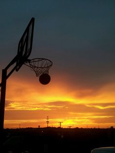 How To Become Great At Playing Basketball. For years, fans of all ages have loved the game of basketball. Basketball Tattoos, Sport Basketball, Basketball Photos, Love And Basketball, Basketball Players, Basketball Tumblr, Basketball Drawings, Basketball Floor, Basketball Birthday