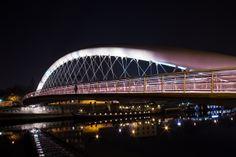 Kladka Bernatka - Walking bridge across the Wisla, Krakow, Poland Bridge Design, Krakow Poland, Pedestrian Bridge, Creative Photos, Sydney Harbour Bridge, Beautiful Places, Scion, Landscape, Bridges