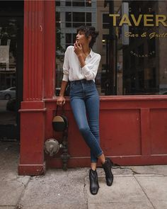 Street Style Looks to Copy Now - Street style fashion / fashion week Source by - Mode Outfits, Chic Outfits, Fashion Outfits, Womens Fashion, Fashion Ideas, Dressy Outfits, Fashion Trends, Fashion Clothes, Converse Outfits