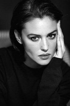 Monica Bellucci , Photo Philippe Cometti, 1998
