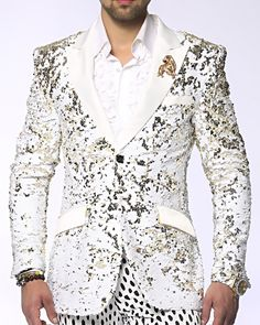Sequin Blazer and Sport Coat in white and beige color give you the ability to brush it up and down and change its color. Discover our big selection of fashion sequin suits and blazers for men for the city of stars Los Angeles. Mens Fashion Blazer, Suit Fashion, Dress Suits, Men Dress, Dresses, White Tuxedo Wedding, Blue Blazer Men, Sequin Blazer, Gold Blazer