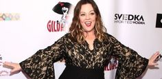 Melissa McCarthy has been stunning her fans with her 75-pound weight loss, which she has credited to a low-carb, high-protein diet. The actress flaunted her