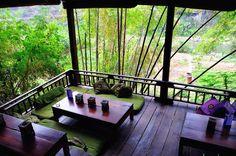 O melhor de Luang Prabang Luang Prabang, Outdoor Furniture, Outdoor Decor, Garden Bridge, Outdoor Structures, Home Decor, Asia Travel, Interior Design, Home Interior Design