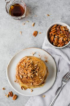 The best EASY Fluffy Pecan Pancakes recipe! Made with whole wheat flour oat milk cinnamon and chopped pecans these pancakes are light healthy vegan and dairy-free. It's like having pecan pie for breakfast! Best Brunch Recipes, Best Vegetarian Recipes, Fall Recipes, Beef Recipes, Breakfast Recipes, Favorite Recipes, Dessert Recipes, Cooking Recipes, Healthy Recipes