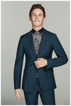 After a candid style moment, we catch up with British actor Eddie Redmayne as he graces the pages of the March 2015 issue of Men's Health. The magazine enlists the Oscar winner for a look at smart, sartorial styles to polish up a modern wardrobe. Redmayne doesn't disappoint as he poses for photos by Nino Muñoz. No stranger to designer fashions, Redmayne sports tailored looks from the likes of ...