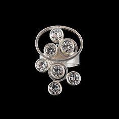 """351. ELIS KAUPPI, SORMUS, hopeaa ja vuorikristalleja, """"Tunturipuro"""" Kupittaan Kulta, 1960-luku. Paino 14 g."""