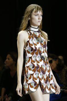 Giambattista Valli Spring 2016 Ready-to-Wear Fashion Show Details