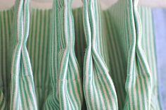 pinch pleats