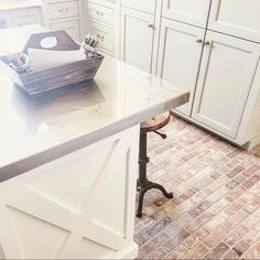Farmhouse kitchen colors laundry rooms ideas for 2019 Diy Flooring, Brick Kitchen, Laundry Room Diy, Kitchen Wall Tiles, Trendy Kitchen Tile, Brick Floor Kitchen, Farmhouse Flooring, Flooring, Trendy Farmhouse Kitchen