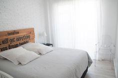 #Livingroom  #headboard #Wood  #Floor #White #philippestarck #chair #ghost #scandinavian #home #apartment