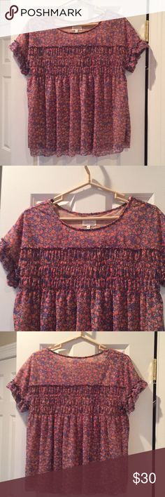 Anthropologie smock Deletta top Loose floral smock top, hits at hip Anthropologie Tops Crop Tops