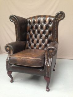 wing chair chesterfield #fauteuils #chesterfield