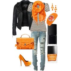 Halloween is coming and I love orange and black together.