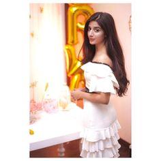 shoes factory of & Saira Shakira, Ahsan Khan, Hello Pakistan, Shot Hair Styles, Frock For Women, Bollywood Girls, Pakistani Actress, India Beauty, Girl Crushes
