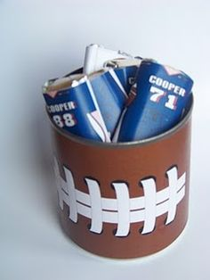 Make your own football party favors with this free printable that fits around a small Tomato sauce can. Print, cut, paste, and fill with your favorite treats for a great favor for any football fan. Football Banquet, Football Cheer, Football Tailgate, Football Birthday, Football Boys, Football Stuff, Football Wedding, Football Awards, Football Season