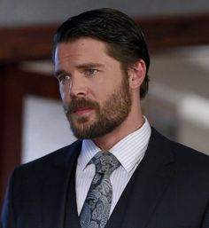 """But what you might NOT know is that Charlie Weber, who plays Frank, had a key role in the fifth season of Buffy the Vampire Slayer. 