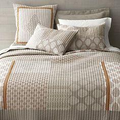 Jaipur Quilt and Pillow Shams