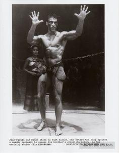 Kickboxer - Publicity still of Jean-Claude Van Damme & Rochelle Ashana Muay Thai Martial Arts, Chinese Martial Arts, Mixed Martial Arts, Martial Arts Movies, Martial Artists, Hot Men Bodies, Claude Van Damme, English Movies, Martial