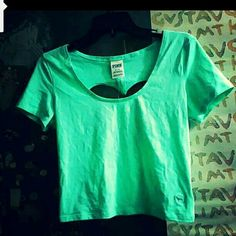 TODAY ONLY!! VS NWT Teal backless Crop Top Very cute and hard to find!  Well probably be fitted and the cloth it light and breathable.   Bundle up in my closet to recieved a great discount and end up with a great outfit!  GIFT!!!!!! 4 GOLD MID FINGER RINGS!  NO HOLDS SHIP WITHIN 24 HRS! Victoria's Secret Tops Crop Tops