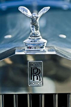 Hood Ornament Photograph - 1952 Rolls-Royce Hood Ornament by Jill Reger Luxury Car Logos, New Luxury Cars, Maserati, Lamborghini, Ferrari, Rolls Royal Car, Rolls Royce Logo, Rolls Royce Emblem, Rolls Royce Wallpaper