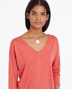 In+a+heathered+finish+and+fresh+spun+colors,+this+linen+blend+piece+is+a+season-perfect+topper.+Front+and+back+V-neck.+3/4+sleeves.