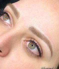 Calgary permanent makeup artist specializing in microblading, powder, combination and nano brows. Eyebrow Makeup Tips, Permanent Makeup Eyebrows, Eye Makeup, Eyebrow Stain, Makeup Tricks, Blonde Microblading, Microblading Eyebrows After Care, Microblading Aftercare, Beauty Tips