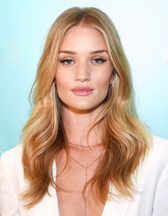 Rosie Huntington-Whiteley via @byrdiebeauty