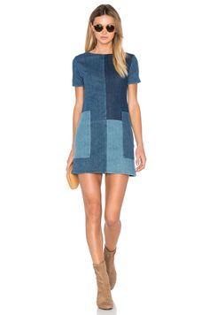 J Brand Luna Shift Dress en Rosemary Mix Mode Outfits, New Outfits, Fashion Outfits, Dress Fashion, Sewing Clothes, Diy Clothes, Moda Jeans, Jeans Dress, Denim Dresses