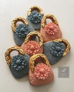 Lorena Rodriguez . Purse cookies. Women's Day cookies