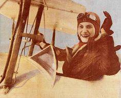 Hélène Boucher 1908-1934, a été pilote à 22 ans. Pionnière et étoile de l'aviation