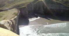 , o túnel penetra nas rochas de arenito. Ele tem 72 degraus. Ficou pronto em 1873