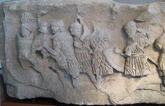 Lorica Hamata vs Lorica Segmentata | History Forum
