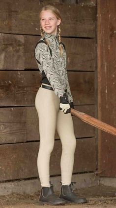 Kerrits' most popular Girl's Knee Patch Riding Breeches are the Microcord! With Suede knee patches and belt loops the breeches are great for practice or competition. Little Girl Models, Cute Little Girls Outfits, Cute Girl Dresses, Outfits For Teens, Cute Outfits, Preteen Girls Fashion, Young Girl Fashion, Little Girl Leggings, Girls In Leggings