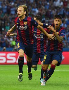 An excited Neymar runs  to congratulate Rakitic | 2015 Champions League Final, Berlin, 6 June 2015: Juventus 1 - FC Barcelona 3