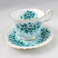 Image result for royal albert bone china teacup melody series Royal Albert, Tea Cup Saucer, Tea Cups, Porcelain Dolls For Sale, Vintage Cups, Fun Cup, Rose Tea, My Cup Of Tea, Porcelain Ceramics