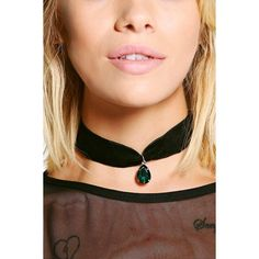 Boohoo Saskia Velvet Large Gem Choker (€7,28) ❤ liked on Polyvore featuring jewelry, necklaces, green, layered necklace, velvet choker necklace, green jewelry, green necklace and chunky chain necklaces