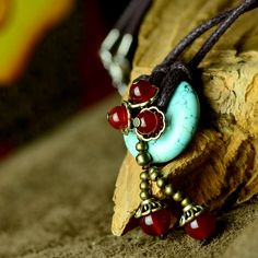 Original design choker necklace short chain turquoise red agate pendant copper alloy beads flower drop ethnic Handmade jewelry