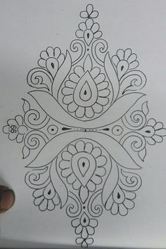 Peacock Embroidery Designs, Hand Embroidery Design Patterns, Hand Embroidery Videos, Stencil Patterns, Hand Embroidery Patterns, Stencil Designs, Embroidery Art, Motif Art Deco, Fabric Paint Designs