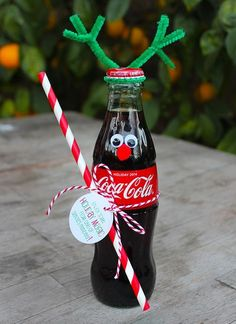 Christmas reindeer crafts | Coke Bottle Reindeer Christmas gift idea - Popsicle Blog