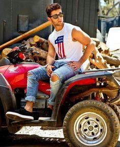 Jake Miller Beautiful Men, Beautiful People, Jake Miller, Jesse Williams, Teen Wolf Boys, Kendall Schmidt, Wilhelmina Models, Boy Poses, Celebs