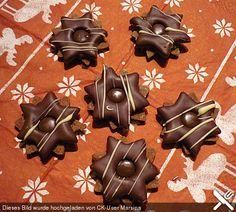 Milkmaid - Taler, a refined recipe from the category .- Milchmädchen – Taler, ein raffiniertes Rezept aus der Kategorie Kekse & Plätzc… Milk Girl – Taler, a refined recipe from the category biscuits & cookies. Healthy Dessert Recipes, Smoothie Recipes, Snack Recipes, Desserts, Christmas Crackers, Christmas Cookies, Holiday Baking, Christmas Baking, Christmas Recipes